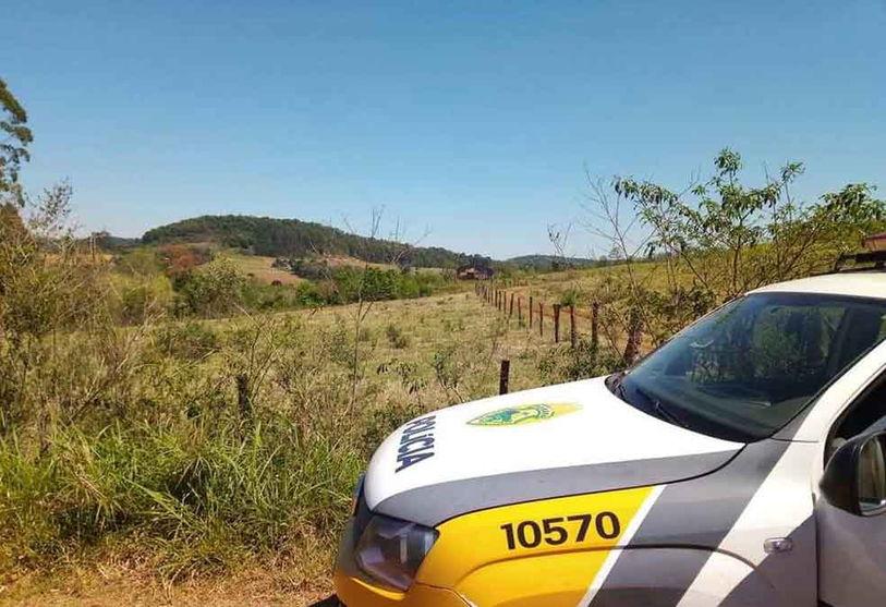 Policia encerra festa em meio a pandemia na área rural de Borrazópolis