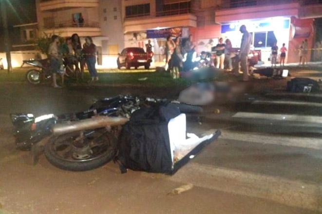 Dois morrem em colisão entre motos no Paraná