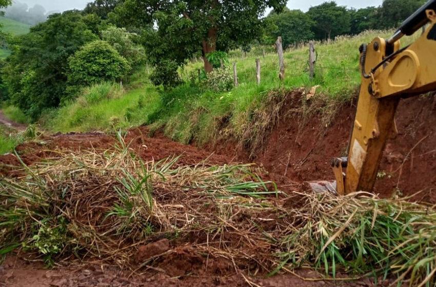 Prefeitura mantém cronograma de manutenção das estradas rurais