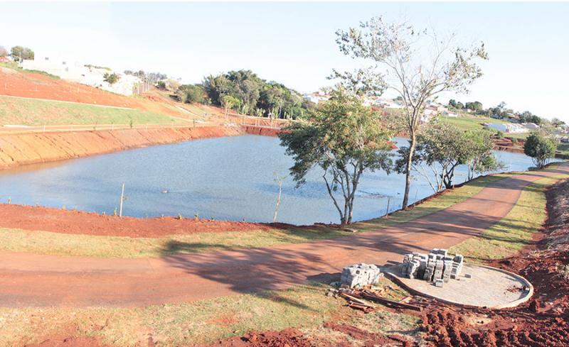 Polícia Militar salva mulher de afogamento no lago municipal em Jardim Alegre