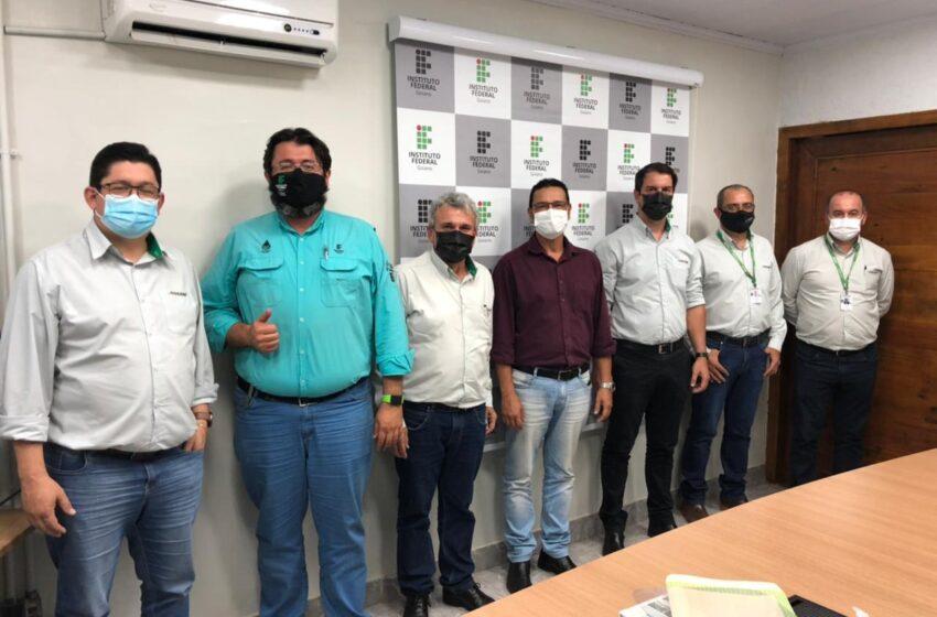 COCARI: Cooperativa assina acordo de cooperação técnica com Instituto Federal Goiano em Cristalina-GO
