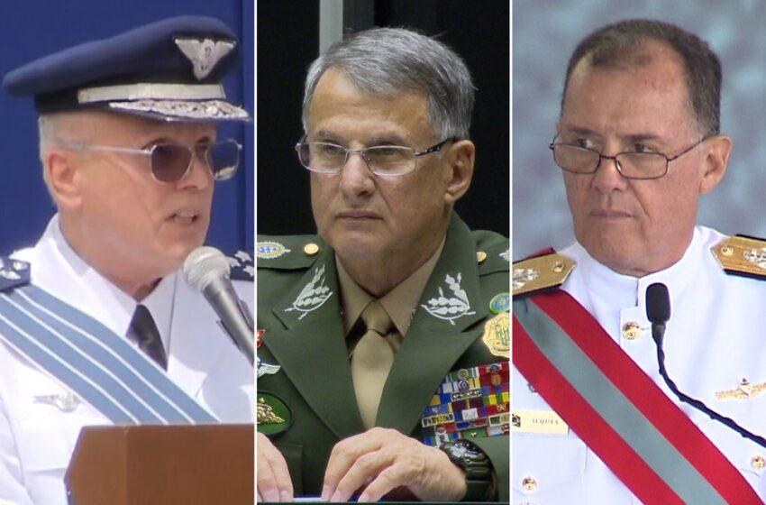 Saída dos comandantes das três Forças Armadas