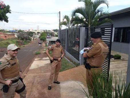 Policiais de Ivaiporã, salvaram bebê que estava engasgado