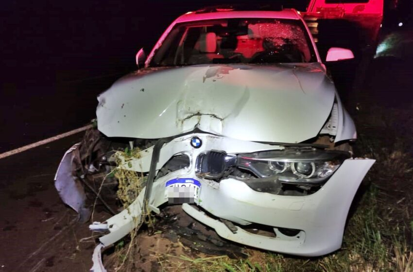 Acidente envolve Celta e BMW entre Ivaiporã e Arapuã