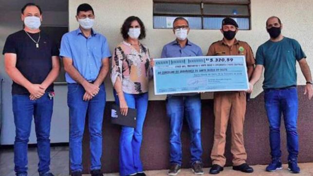 Vice-prefeito da região faz doação de salário para consertar viatura da PM