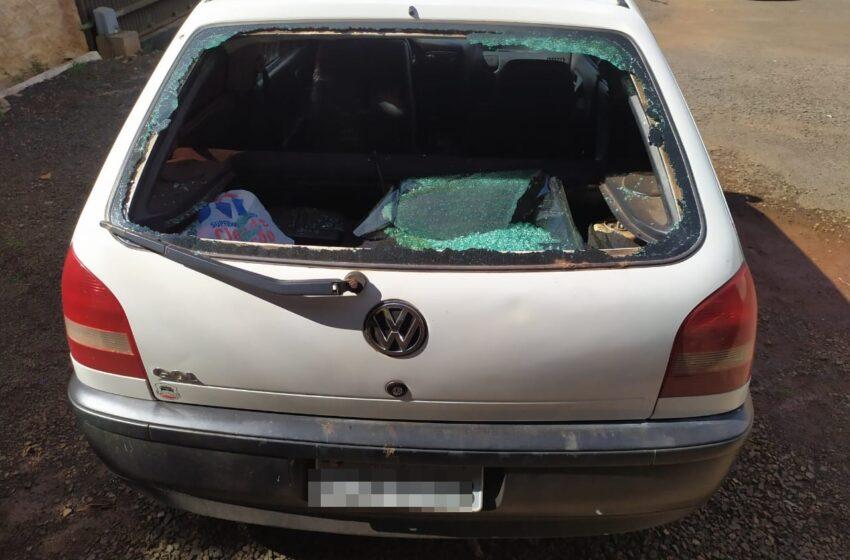 Confusão em Marumbi termina com danos e pedradas