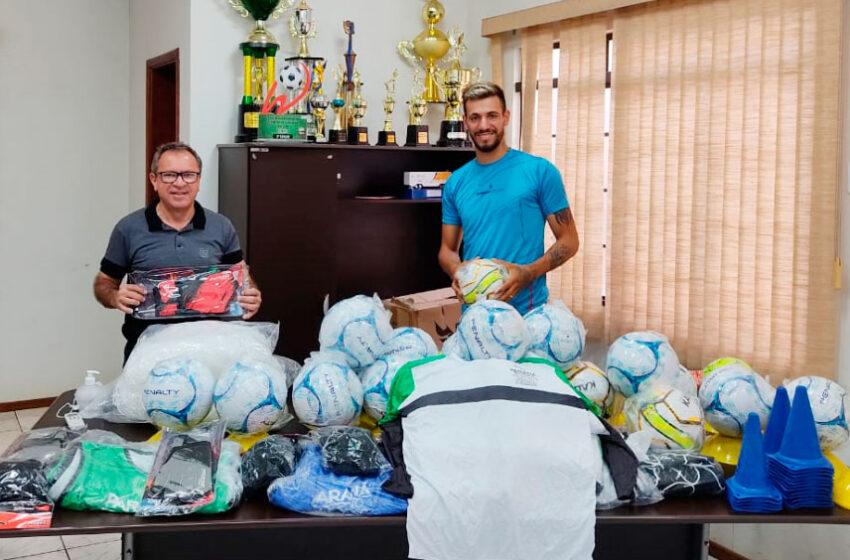 Rio Bom recebe mais de 25 mil reais em kits esportivos