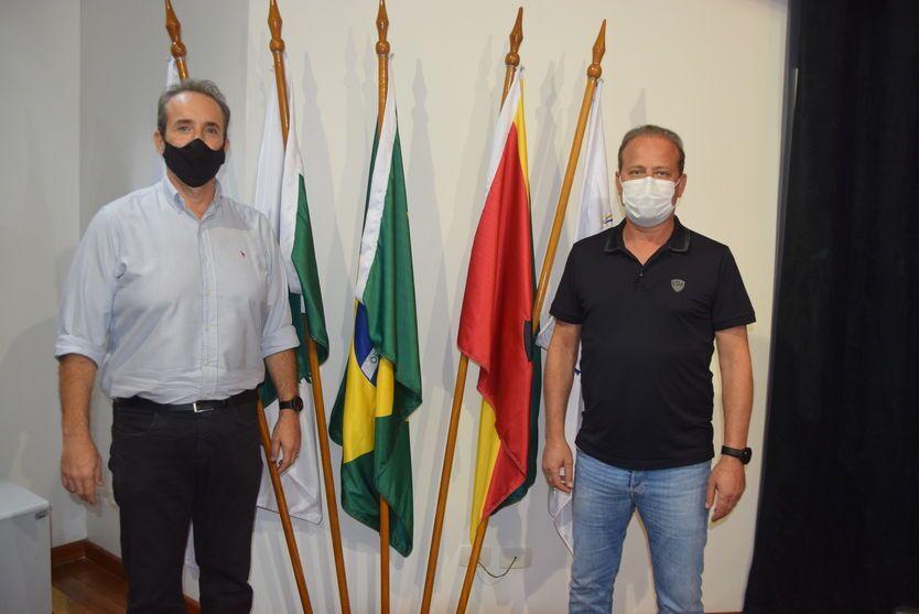 Prefeito Carlos Gil avalia os primeiros 100 dias da administração em Ivaiporã