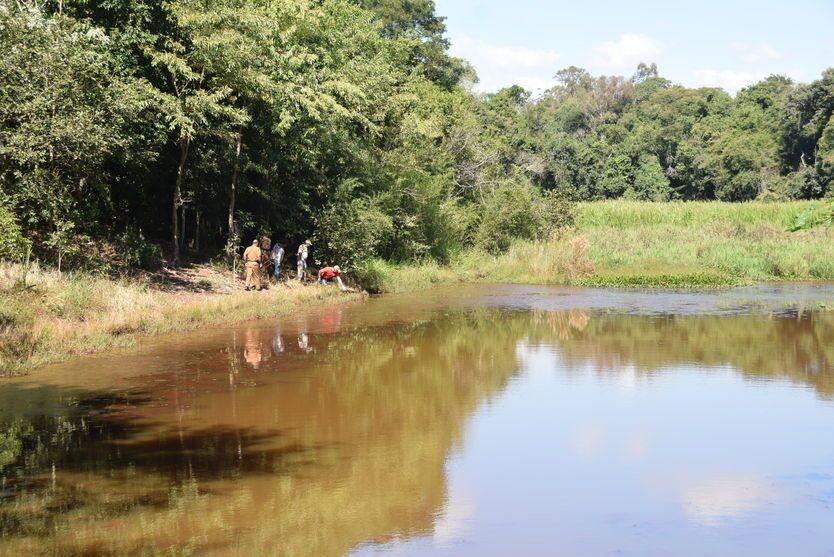 IVAIPORÃ: cadáver de homem de 35 anos é encontrado boiando em represa