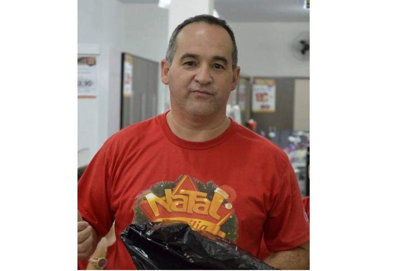 Araponguense que é gerente de loja de móveis, morre por Covid-19