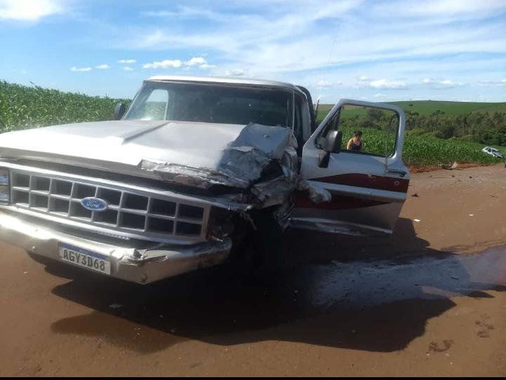 Jovem fica ferido após acidente em São João do Ivaí