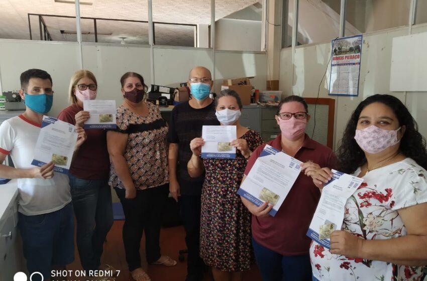 Servidores públicos de São João do Ivaí recebem Cartão Alimentação de R$ 165,00