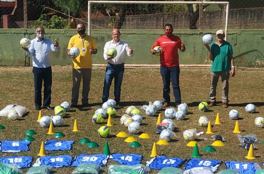 Cruzmaltina: Prefeito Natal destaca a conquista de materiais esportivos