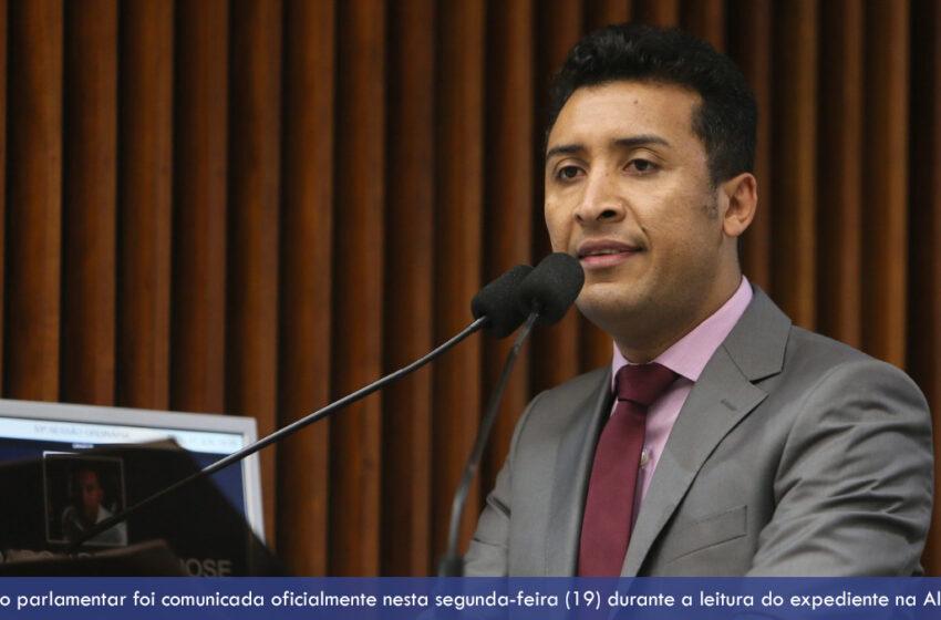 Deputado Estadual Soldado Adriano José deixa a vice-liderança do governo para dar mais atenção aos municípios