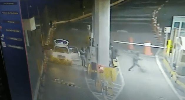 Pedágio: homens assaltam a praça de Jataizinho na BR-369