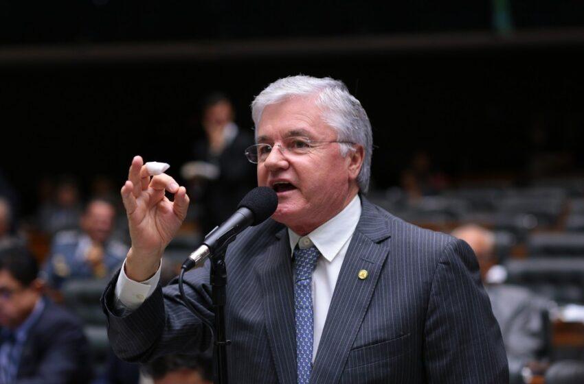 Valdir Rossoni deve assumir a vaga do deputado federal Schiavinato