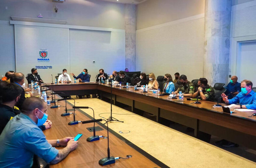 Governo inicia vacinação das forças de segurança no domingo