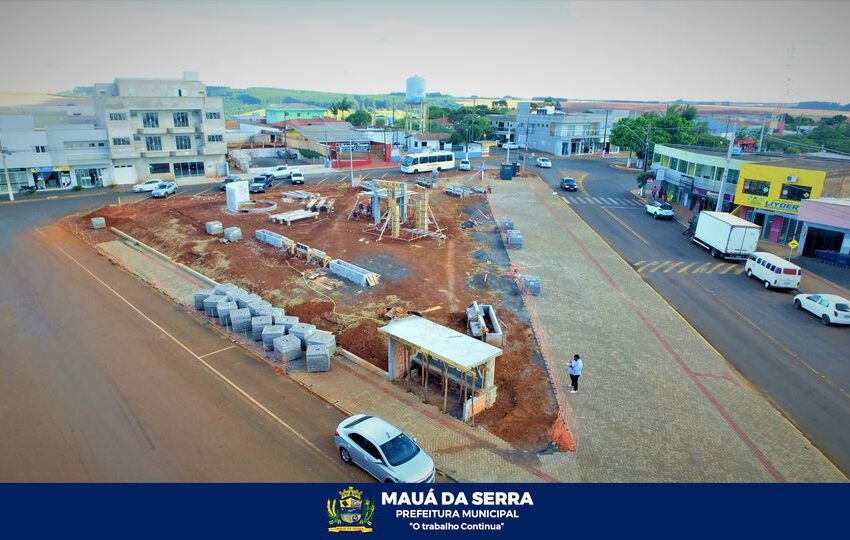 Obra da praça em Mauá da Serra já está 50% concluída