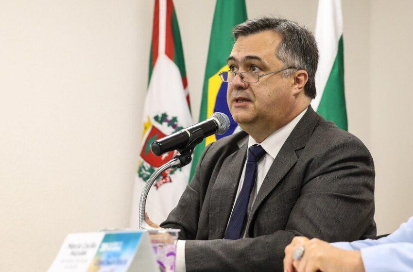 Horário de vacinação contra covid-19 no Paraná pode ser estendido até a meia-noite