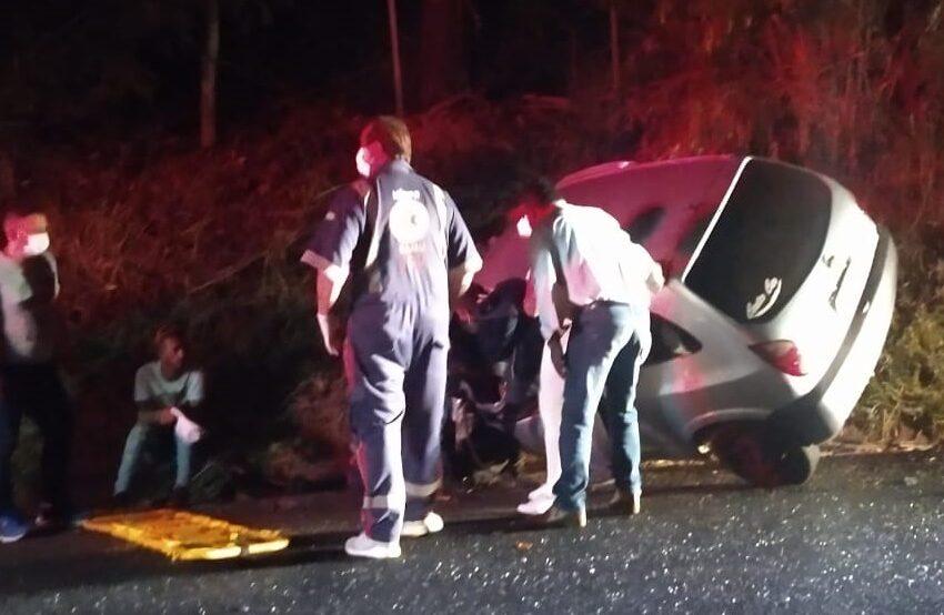 Colisão frontal entre carros de Borrazópolis e Kaloré, deixa feridos na PR-170