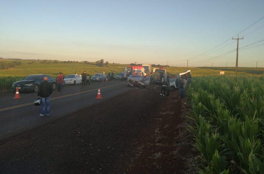 PR-488: Seis pessoas ficam feridas em grave acidente