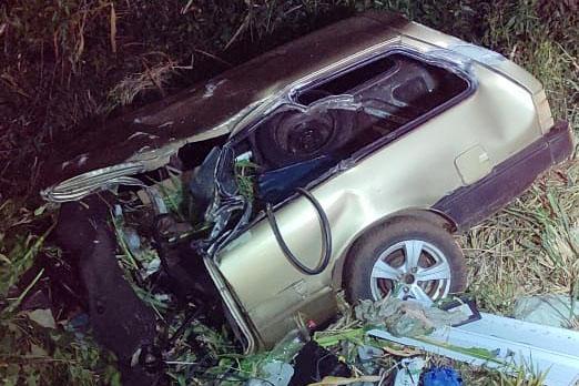 Grave acidente envolvendo carro e caminhão deixa vítima fatal na BR-466, em Manoel Ribas