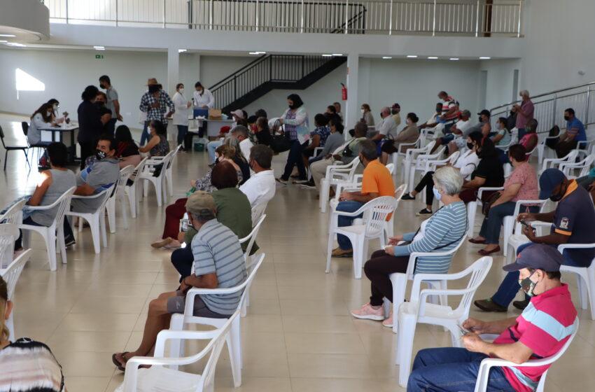 Prefeitura de Ivaiporã vacina 98% dos idosos entre 60 e 100 anos com 1ª dose do imunizante contra coronavírus