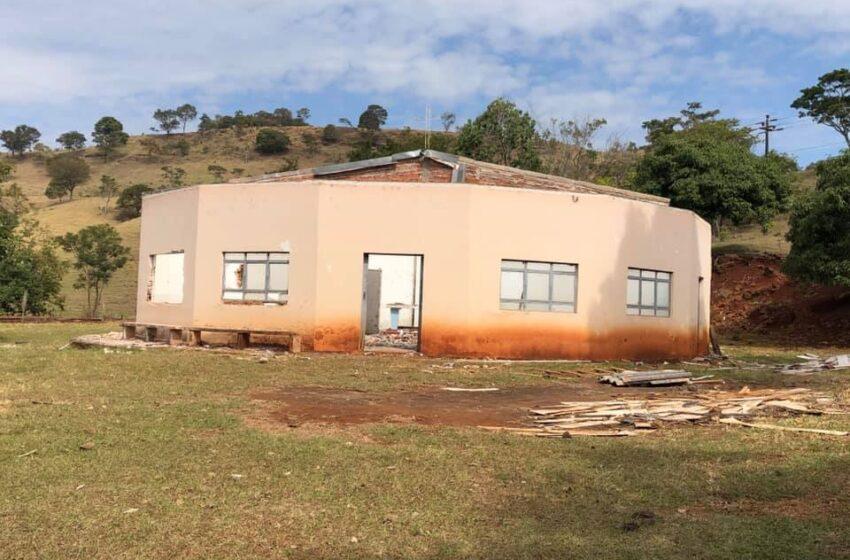 Demolição de Templo religioso chama atenção em Marumbi