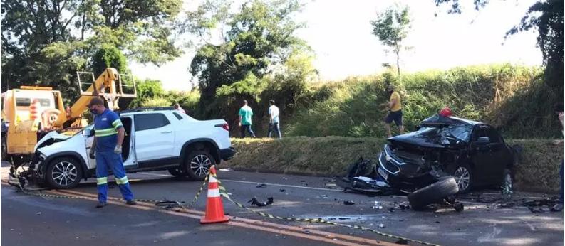 Jovem de 24 anos fica em estado grave após colisão frontal na BR-369