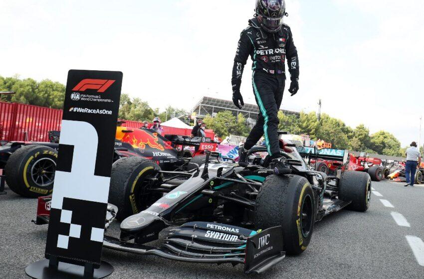 F1: Hamilton ultrapassa Verstappen no final e vence GP da Espanha