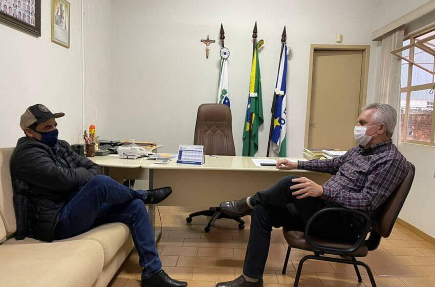 Novo Itacolomi discute demandas com representante do governo do estado