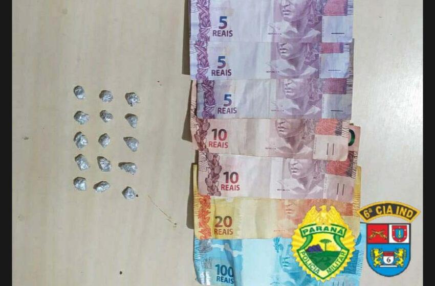 Homem foi detido pela PM, acusado de tráfico de drogas em Ivaiporã