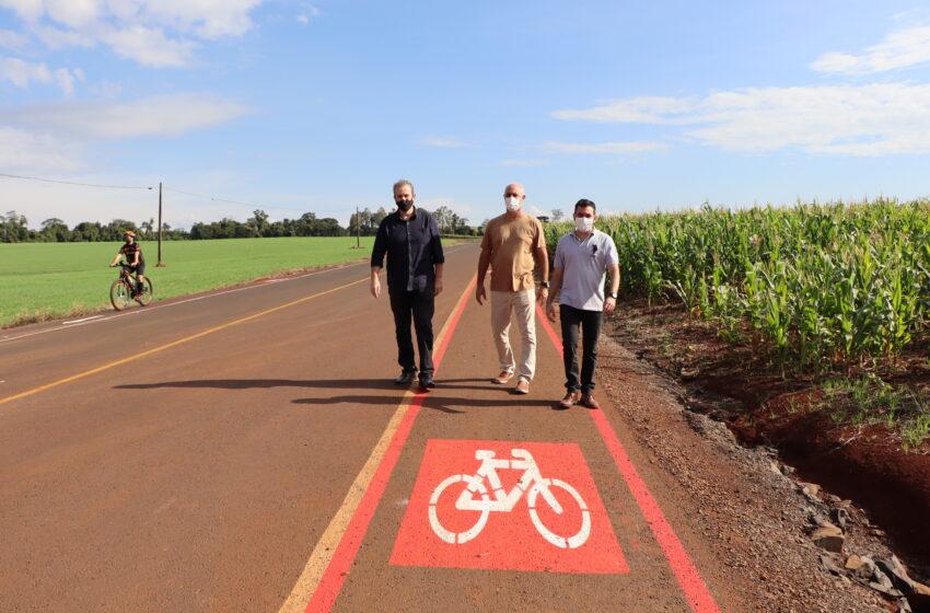 Prefeitura de Ivaiporã conclui 12 km de ciclofaixas na estrada do Ouro Verde