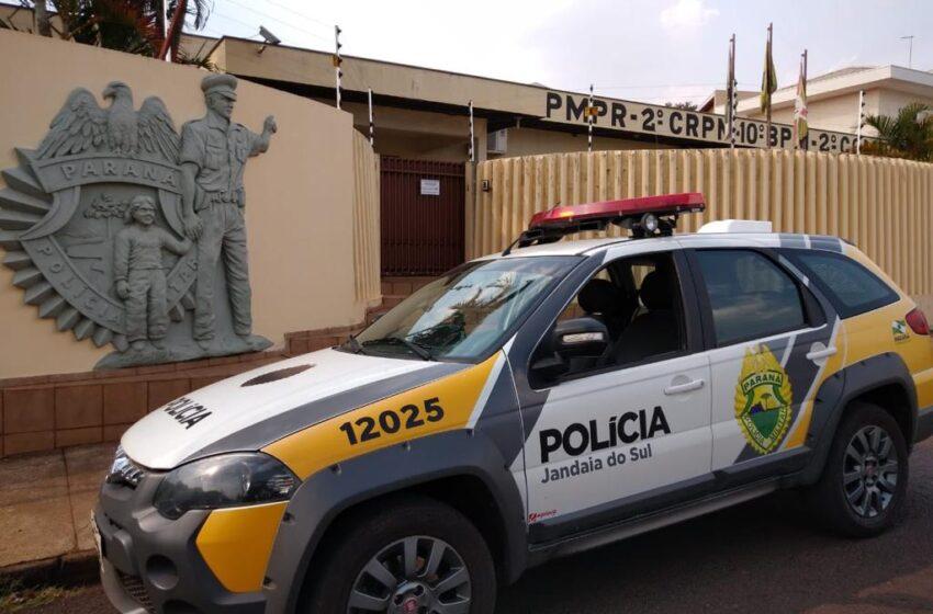 PM prende rapaz com mandado de prisão em Jandaia do Sul