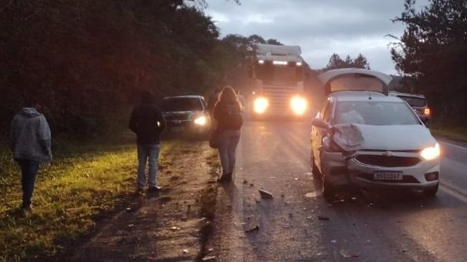 Acidente entre dois carros mobiliza PM em Faxinal e Mauá da Serra