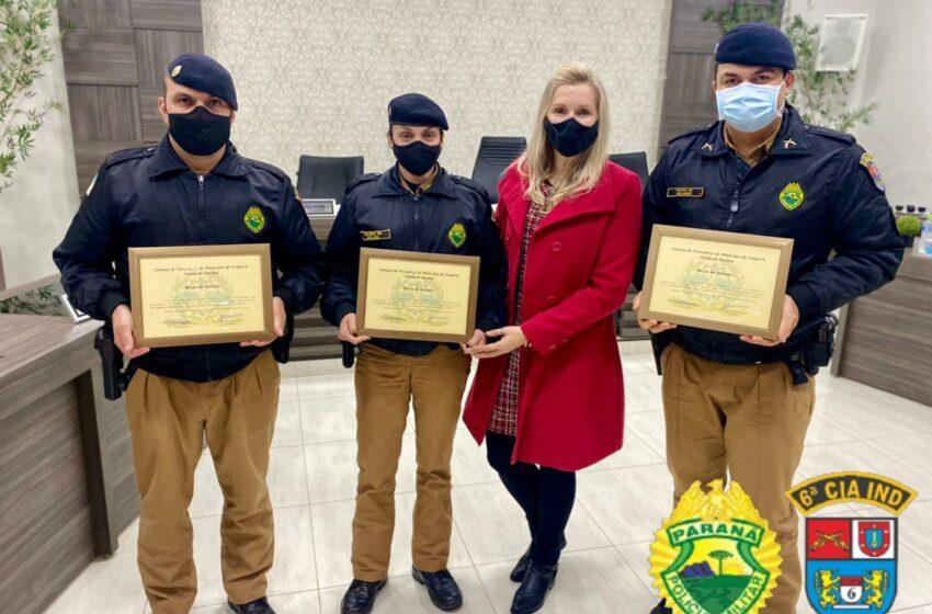 Solenidade de entrega de Moção de Aplausos a três policiais militares da 6ª CIPM em Ivaiporã