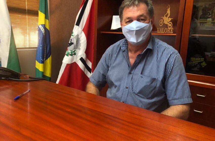 Kaloré: Prefeito Edmilson comenta sobre saúde, estradas rurais e outros temas na Colina do Vale FM; Vejam o vídeo