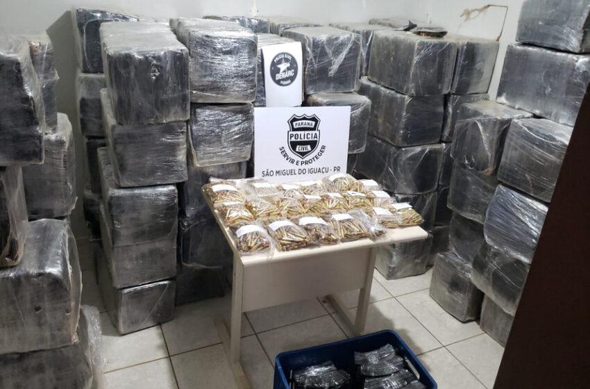 Polícia Civil do PR, apreende 2 toneladas de maconha e munições do crime organizado