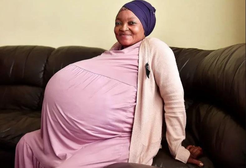 Mulher que esperava óctuplos anuncia ter dado à luz a 10 bebês na África do Sul, novo recorde