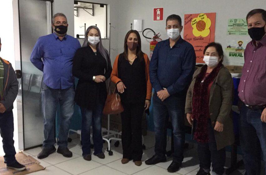 GRANDES RIOS – Deputado Cobra Repórter entrega equipamentos para a saúde do município
