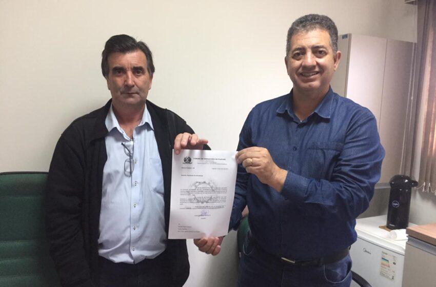IVAIPORÃ – Deputado Cobra Repórter recebe pedido de ambulância para a cidade através do vereador Carniato