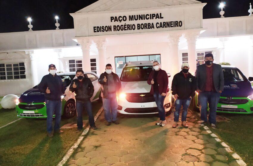 Prefeito Pedro Taborda conquista três novos carros para atender a saúde em Rio Branco do Ivaí