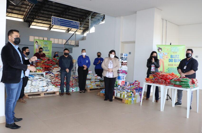 Departamento de Assistência Social de Ivaiporã recebe 636 litros de leite da Cresol e 724 quilos de alimentos do Sesc