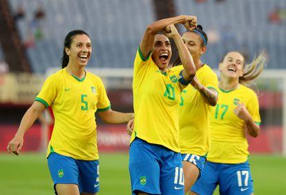 Com show de Marta, Brasil goleia a China em sua estreia nos Jogos Olímpicos de Tóquio