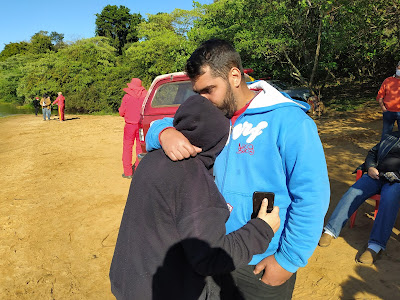 VÍDEO – Jovem que foi salvo com a família conta como tudo aconteceu no acidente com o barco no Rio Ivaí