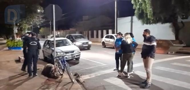 Homem é flagrado enforcando cachorrinha prenha, em Arapongas