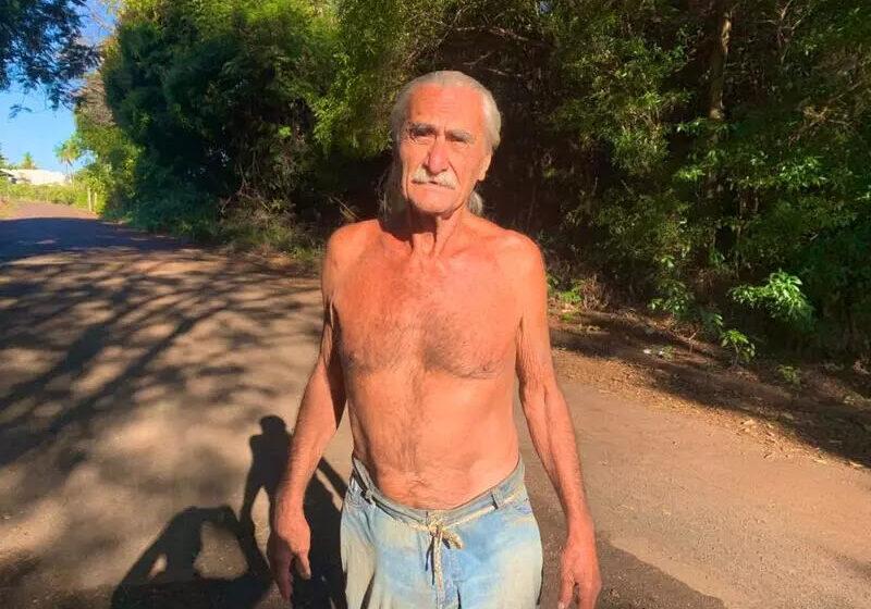 Homem da região ignora semana mais fria do ano e diz não usar camisa há décadas