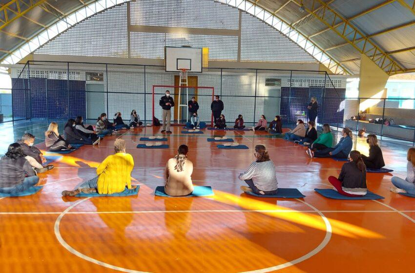 Departamento de Educação e  Posto de Brigada Comunitária realizam treinamento de primeiros socorros com os profissionais de educação em Jandaia do Sul