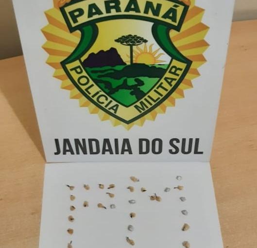 PM de Jandaia prende três indivíduos por tráfico de drogas