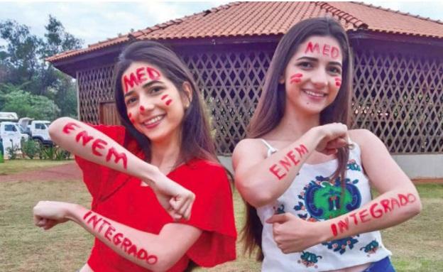 Gêmeas de Ivaiporã vão cursar medicina na mesma faculdade